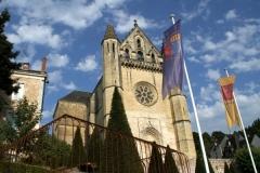 Terrasson is gebouwd op terrassen. De kerk torent overal bovenuit